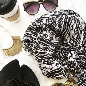 Accessories - ✖️Tribal Scarf