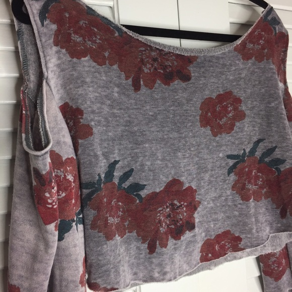 Urban Outfitters Tops - NWOT Kimichi Blue Floral Cutout Crop Sweatshirt