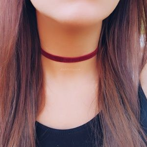 Jewelry - Burgundy Velvet Choker