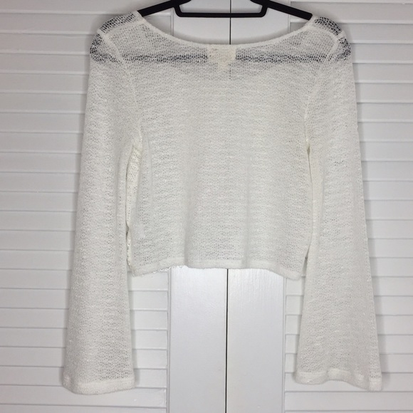 PacSun Tops - NWOT PacSun LA Hearts Bell Sleeve Crop Top