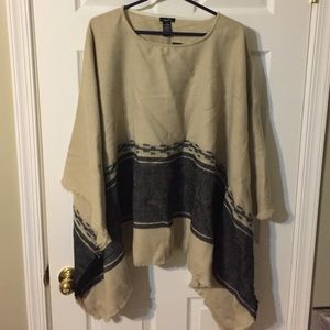 Rue 21 super soft poncho