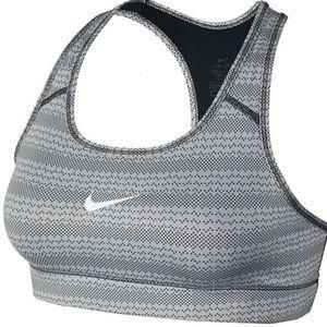 NWT Nike Bra