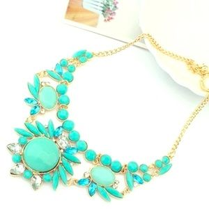Jewelry - NEW GORGEOUS TURQUOISE NECKLACE