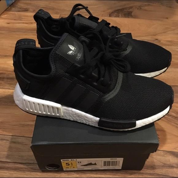 Adidas Shoes  9e71c9841