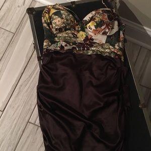 Dresses & Skirts - 2 toned bodice dress