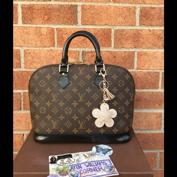 2300c03c7b7 Louis Vuitton Bags   Soldauthentic Alma Dyed   Poshmark