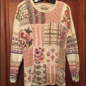 Heirloom Collectibles Sweaters - Vintage Prestine Beauty! Your Dream Sweater! MINT