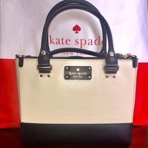 NWT Authentic kate spade Wellesley Small Quinn.