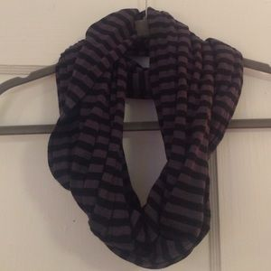 Black & Gray Striped Scarf