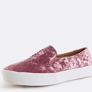 54b11557c323 MMC Shoes - 🎉SALE🎉NIB Crushed Velvet Slip on Shoes