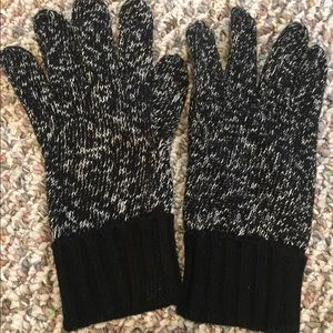 Express Black And White Textured Knit Gloves