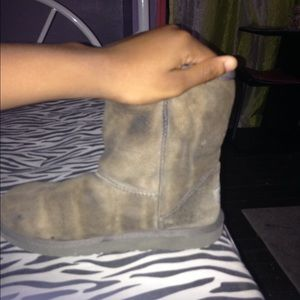 old gray uggs