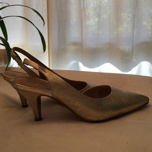 Seychelles sling back heels