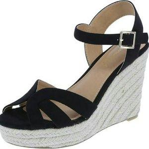 American Eagle Women's SINCLAIR high wedge sandal