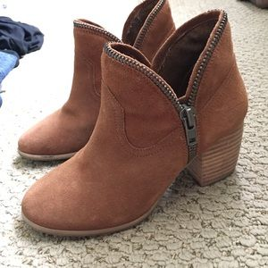 Chinese laundry brown booties