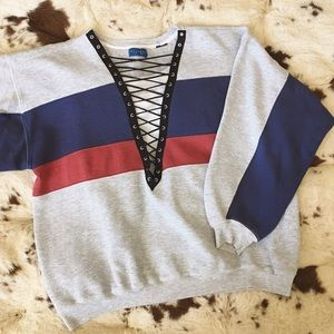 LF Tops - 80s / Colorblock Laced Pullover
