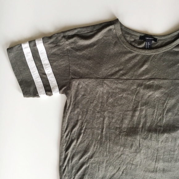 Forever 21 Tops - Baseball 2 Stripe Tee Shirt