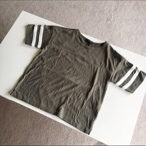 Forever 21 Tops - Baseball 2 Stripe Tee Shirt
