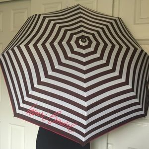 henri bendel Accessories - 🎉 HP🎉 HENRI BENDEL Packable Umbrella