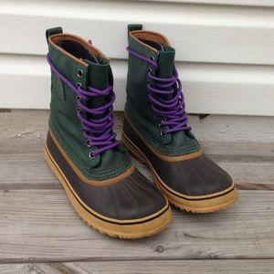 Shoes - Sorel Canvas Boots EUC
