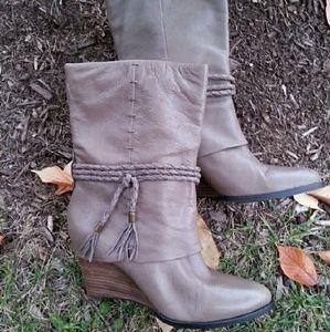 b. makowsky Shoes - 💢FIRM💢 B. MARKOWSKI WEGDE BOOTS