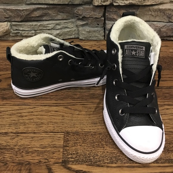 a3b00dda867 Converse Shoes - Fleece lined leather converse size 4 (6)