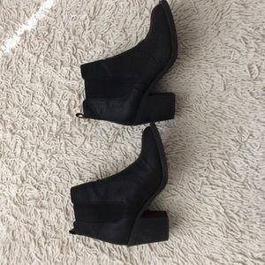 Black H&M booties size 38