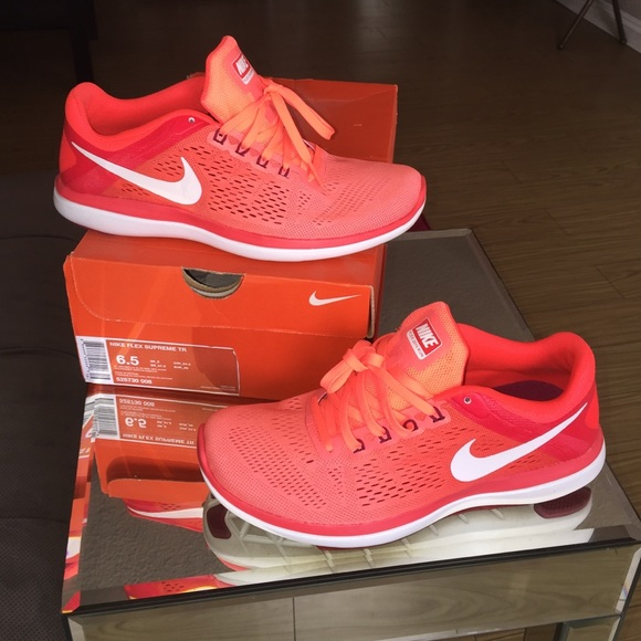 Women s Nike flex 2016 run. M 581914c899086ac5b602b554 a7aa0369d0