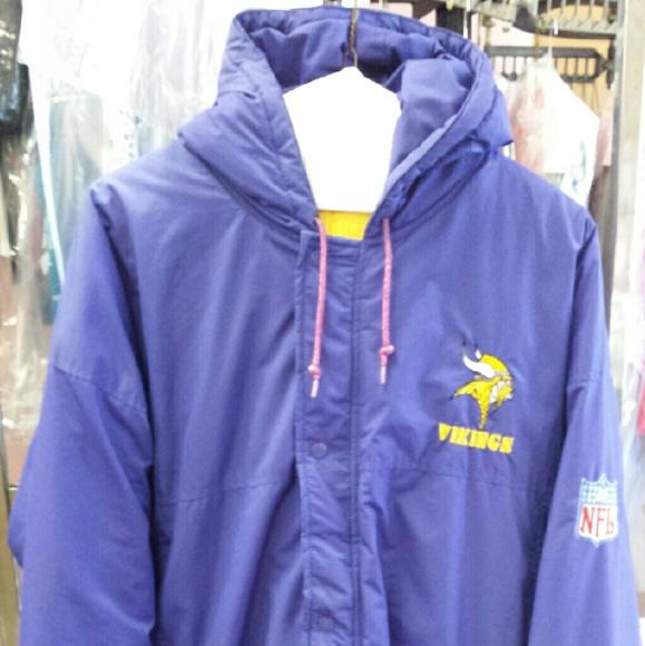 Vintage Minnesota Vikings Starter Jacket. M 5819172a291a35464602c670 b618f5a53