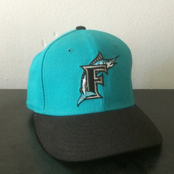 new style 23eae 0d209 Vintage Florida Marlins New Era Fitted Cap. M 581918ee6a58305c5702c796