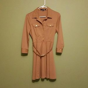 Forever 21 Dresses & Skirts - Like new long sleeved camel colored dress