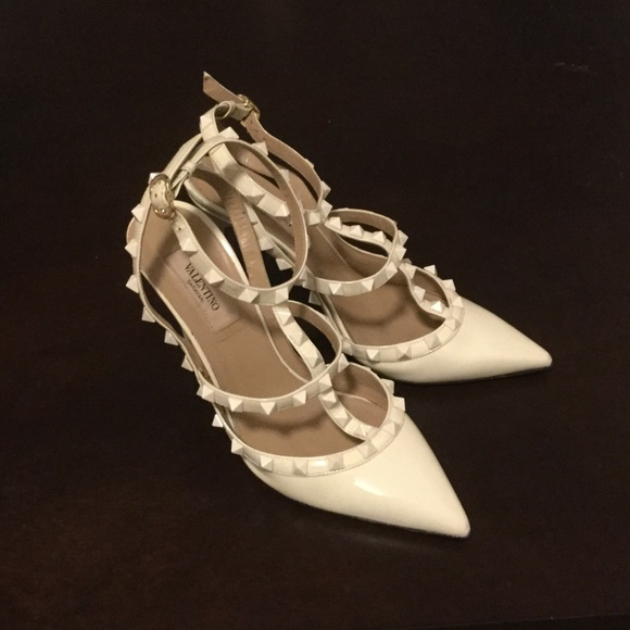 44a8c97e3b Valentino Garavani Shoes | Valentino Rockstud Heels Whitecream ...