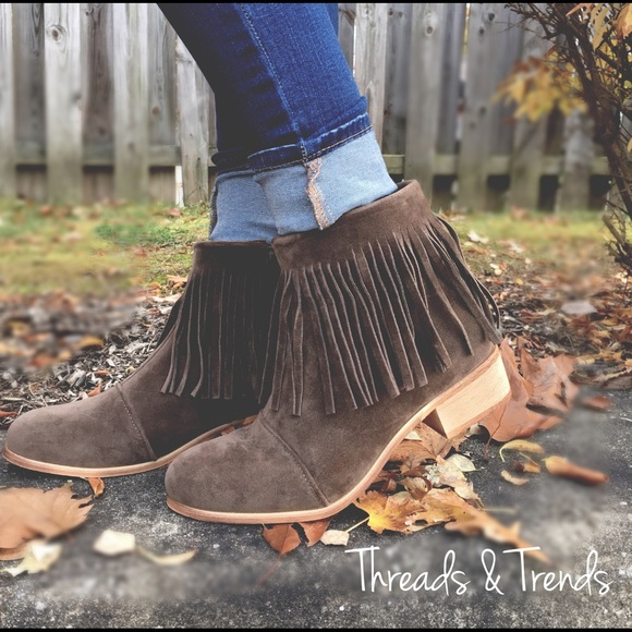 Shoes - Suede Mocha Fringe Booties
