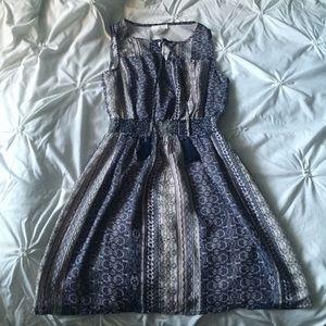 BCNU Dresses & Skirts - BCNU Blue/Cream Printed Short Dress