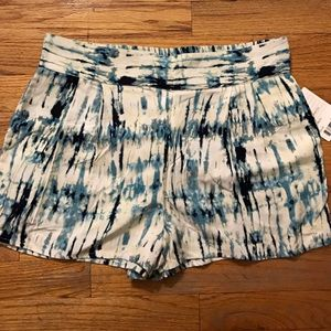 Urban Outfitters Pants - NWT Urban Outfitters Ecote Blue Tie Dye Shorts