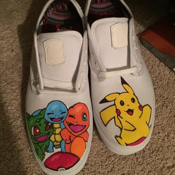55a4e7ccb28ad6 Pokémon custom Vans