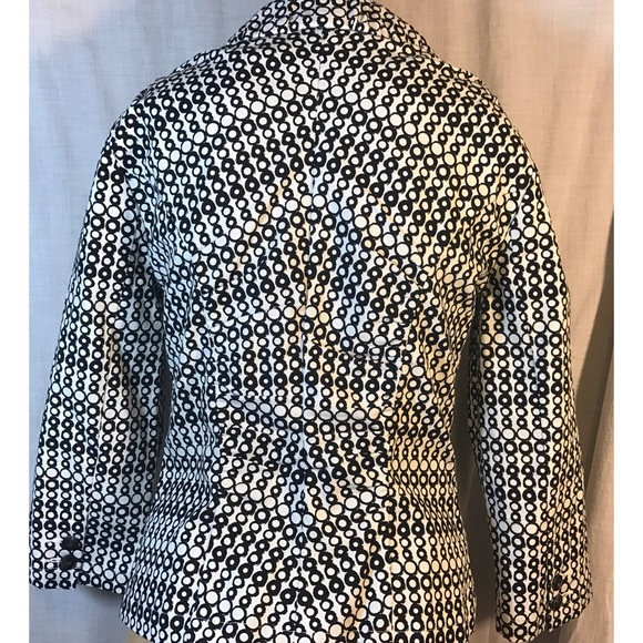CAbi Jackets & Coats - Cabi black/white blazer style # 298