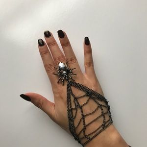Accessories - ⏳SALE⏳Spider Web Ring/Bracelet