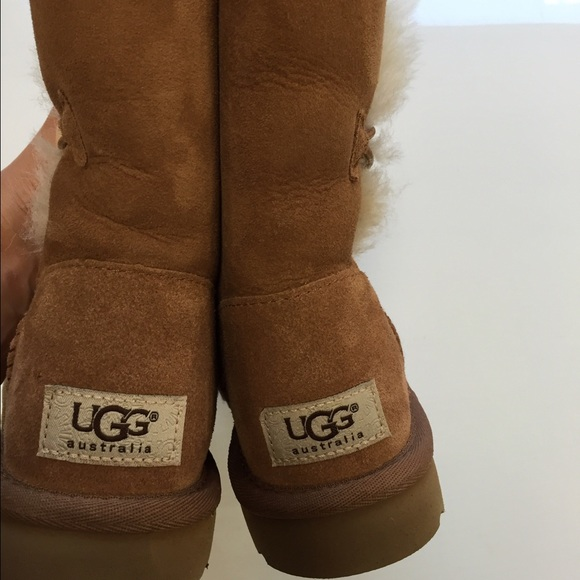chestnut bailey button ugg boots size 5