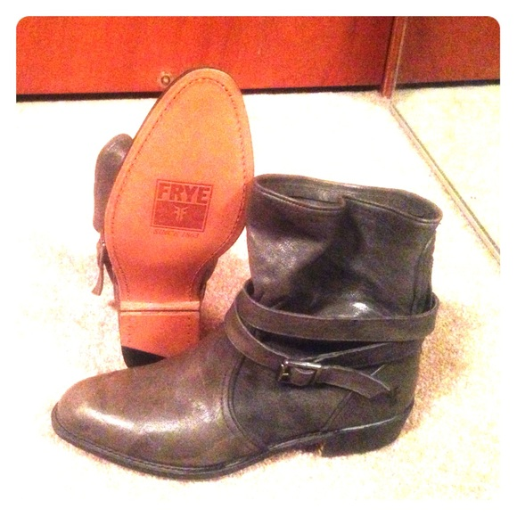 are frye shoes goodyear welt