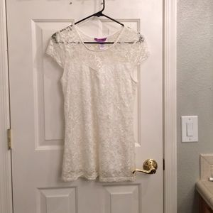 1955 Vintage Size: XL lace off white/ cream tee