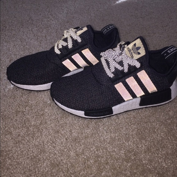 black and pink adidas shoes for women adidas nmd women r1 size 7