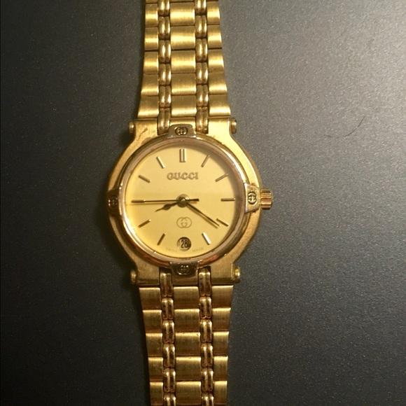gucci 9200l. gucci accessories - authentic gucci 9200l gold plated ladies watch 9200l