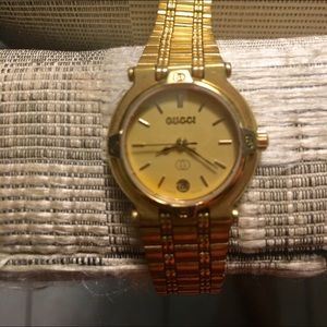 20264b95692 Gucci Accessories - Authentic GUCCI 9200L Gold Plated Ladies Watch