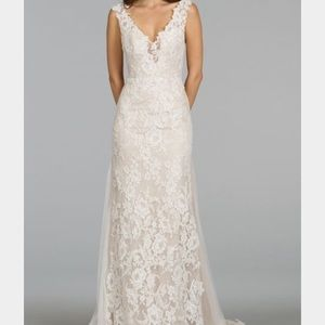 Alvina Valenta Dresses & Skirts - Brand new Beautiful Avina Valenta 9407 dress!