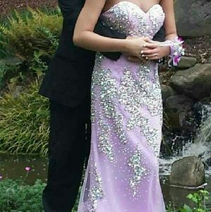Me Prom by Moonlight