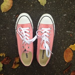 Converse Shoes - Pink Blush Converse All Stars / Like New
