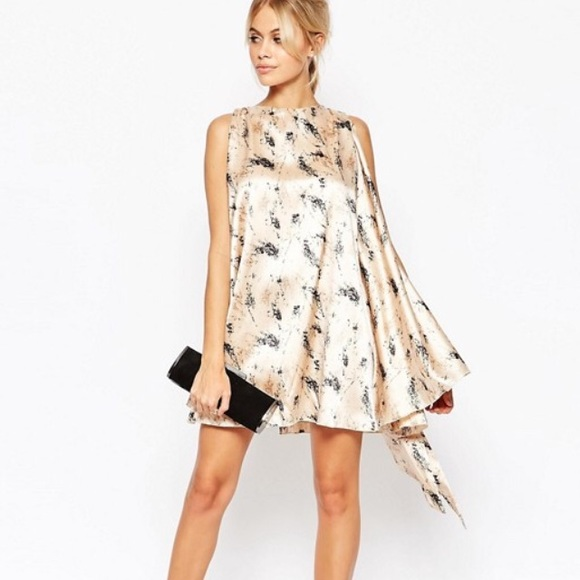 cd0eed7bc4 ASOS Hedonia Nelly Floral Shift Dress W  Tie Back