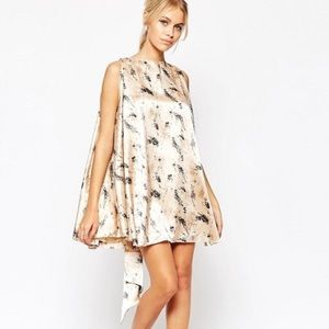 ff139930f0 ASOS Dresses - ASOS Hedonia Nelly Floral Shift Dress W  Tie Back