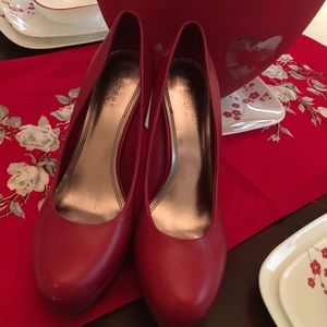 Bakers Shoes - High stepping out Red Pumps